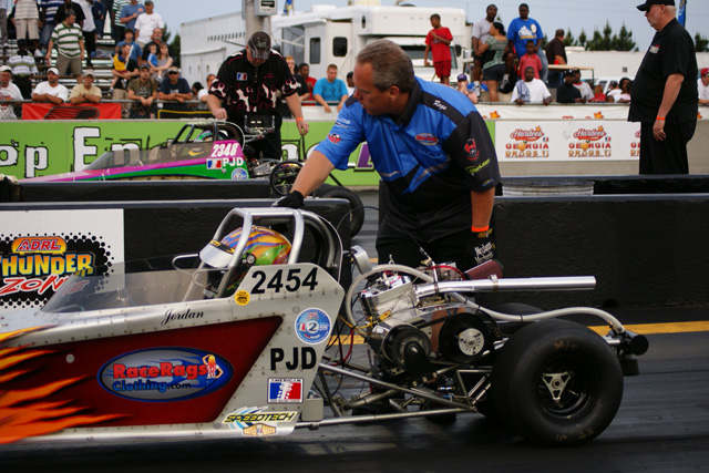 Pro Jr Dragster Final Dragracecentral Com This website has a #225,658 rank in global. dragstory com
