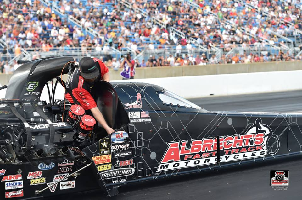 Leah Pritchett Heads To The Mountaintop In 4th Dsr Dragster For First Nitro Run Mopar Mile High Nationals Near Denver