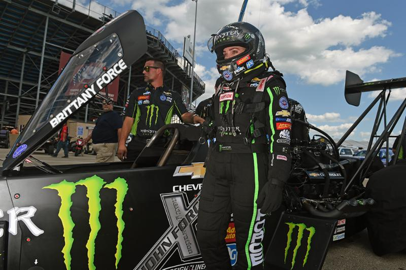 Birthday Girl Brittany Force Gifts Herself A No 1 Spot In Top Fuel Qualifying At Chicago